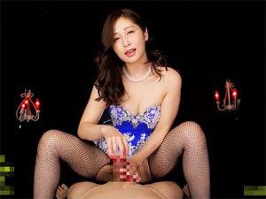 【佐々木あき】美熟女が淫語責めで脳みそを犯しながら手コキ射精!