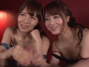 痴女たちがナイスコンビなハーレムフェラ手コキで連続射精させる!吉沢明歩 希崎ジェシカ